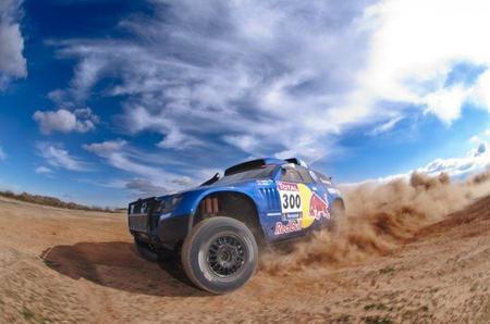 Carlos Sainz defenderá el título del Dakar con ganas y pasión