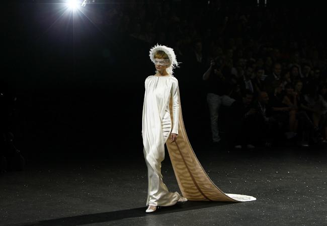 Foto de Todas las imágenes de Chanel Alta Costura Otoño-Invierno 2011/2012 (14/22)
