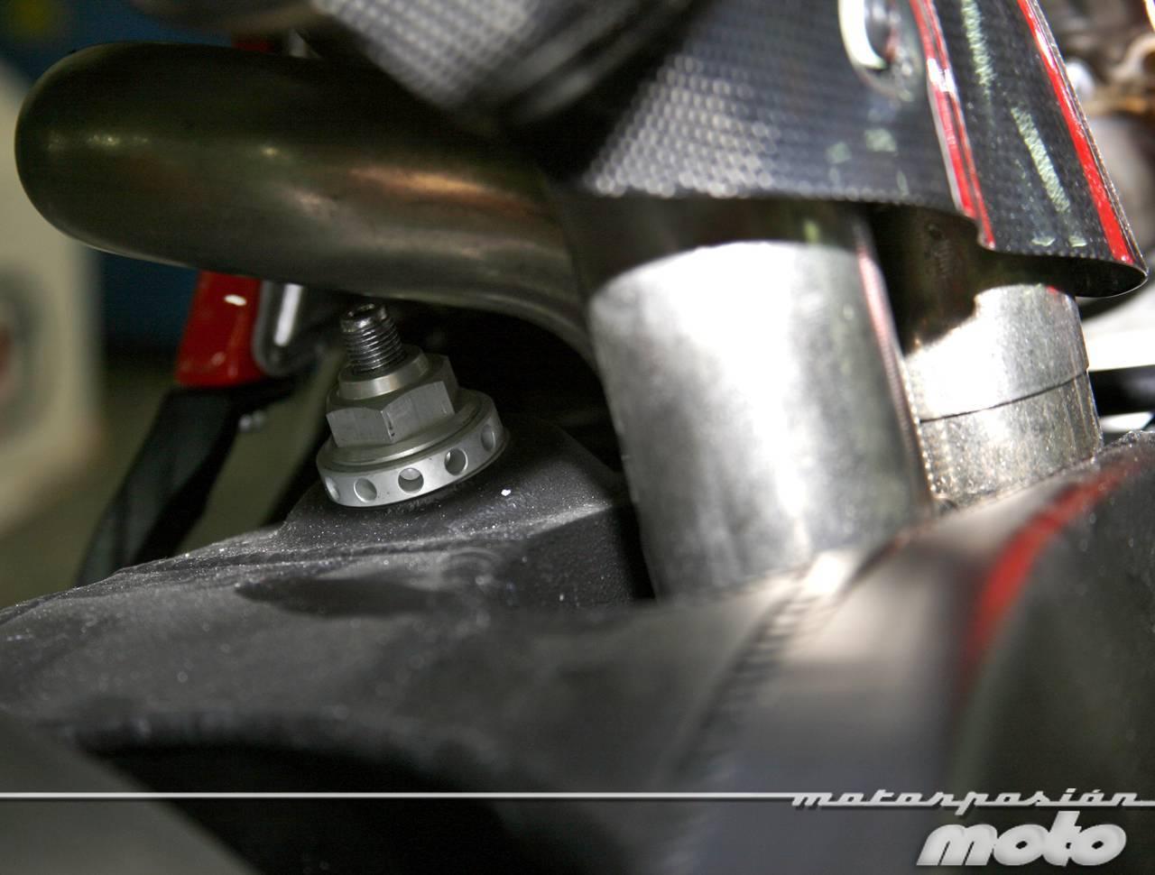 Foto de Ducati Desmosedici RR, toma de contacto (prueba dinámica y galería de fotos) (37/55)