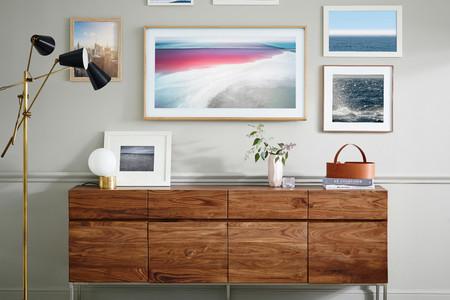 The Frame es la propuesta de Samsung para integrar la televisión en la decoración del salón