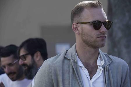 Los Hombres En Florencia Confirman El Triunfo De La Camisa Blanca Como Must En Pitti Uomo 01