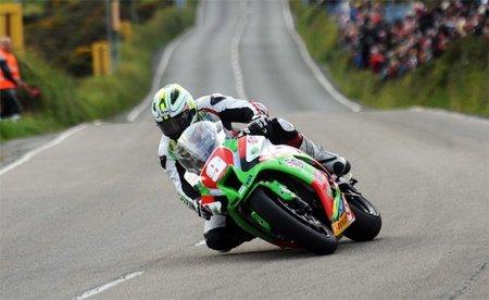 Michael Dunlop en su victoria en STK