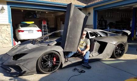 Un padre descarga e imprime en 3D un Lamborghini para su hijo que es fan de 'Forza': la broma de 'The IT Crowd' se vuelve realidad