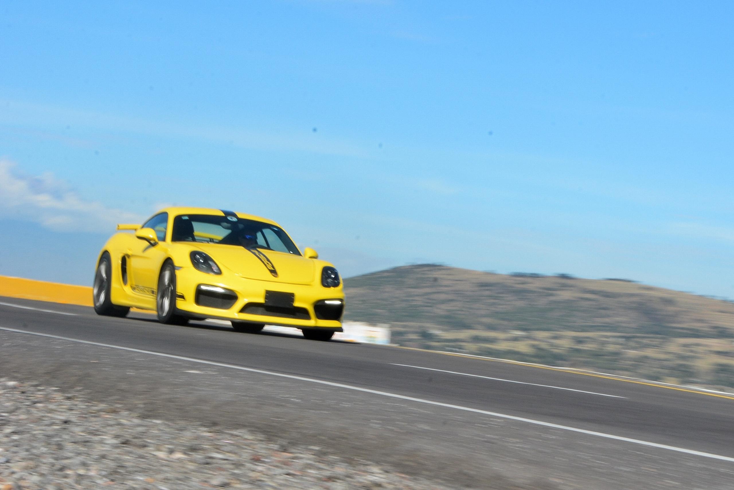 Foto de Porsche Cayman GT4 (15/19)