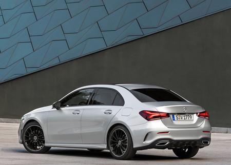 Mercedes Benz Clase A Sedan 4b