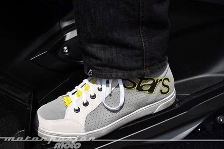 Joey Perforated Suede Shoe de Alpinestars, prueba. Protección y estilo para el verano
