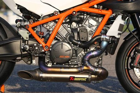 KTM RC8 R Track