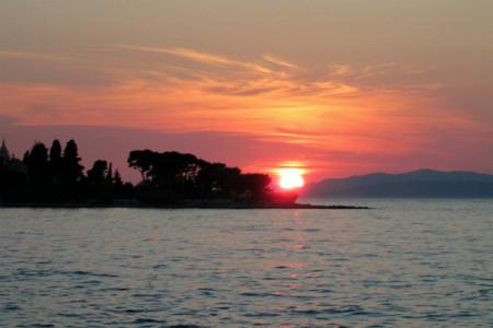 anochecer en Brac Croacia