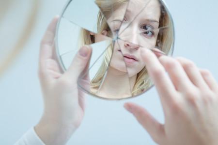 depresion-chica-espejo