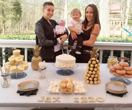 Lesbian Couple Pregnancy Family Photography 5 605x605