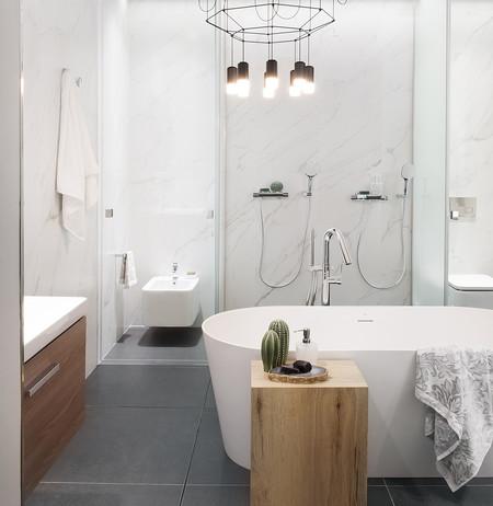Claves de estilo para lograr un cuarto de baño sofisticado, confortable y urbano