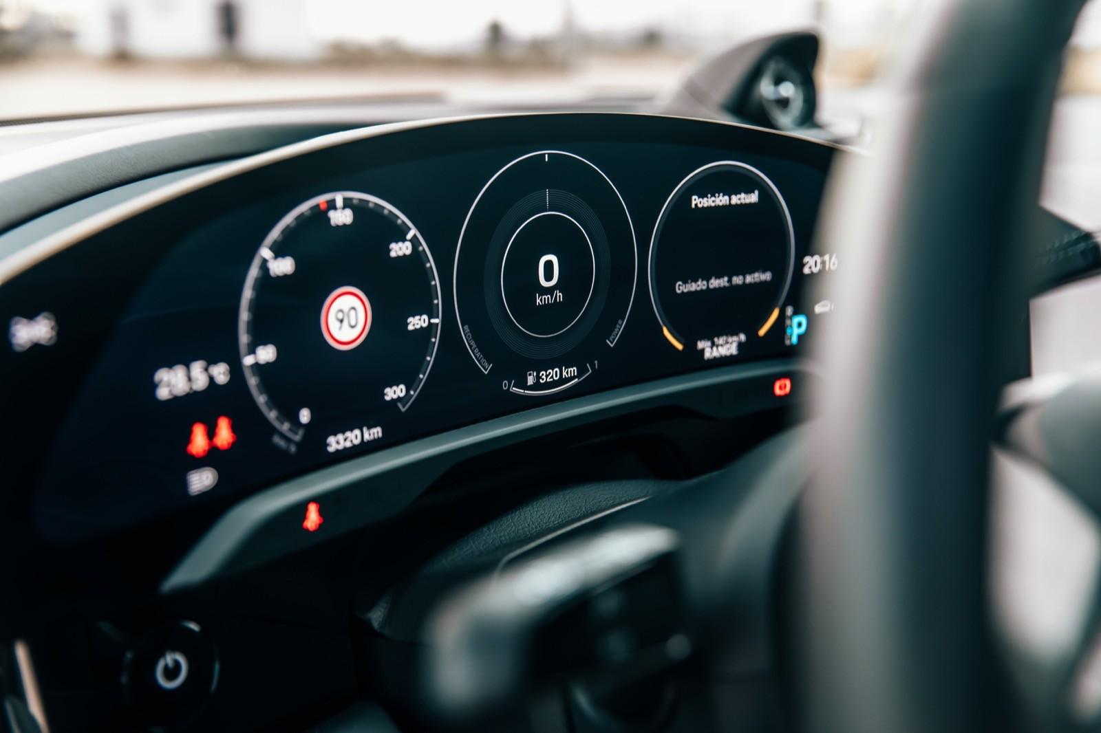 Foto de Porsche Taycan Turbo S (prueba) (11/31)