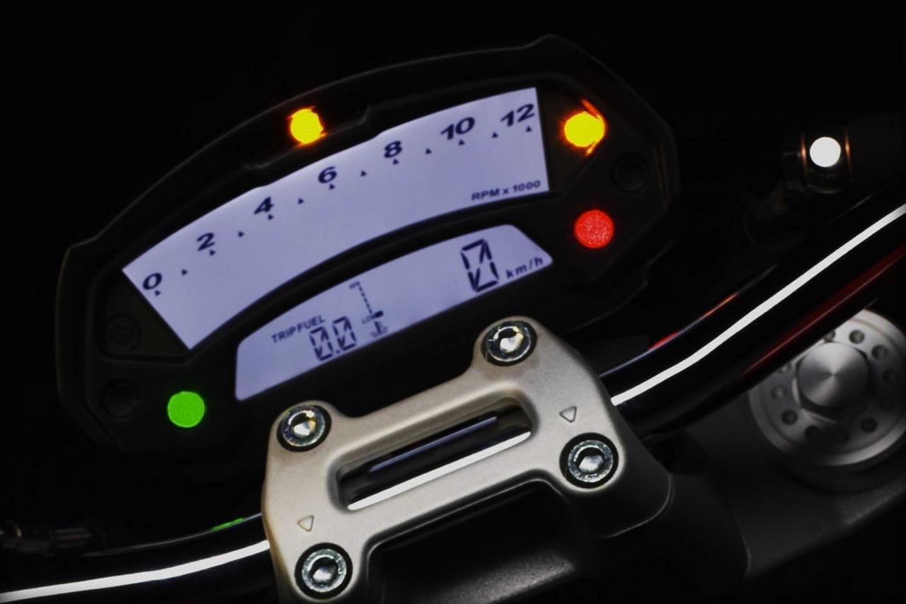 Foto de Ducati Monster... ¿795? Sí, la Monster del mercado asiático (1/14)