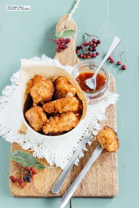 Bocadillos de pollo crujiente y coco