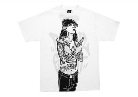 Dos camisetas peculiares II