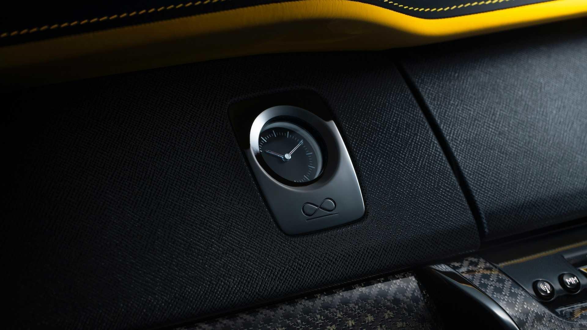 Foto de Rolls-Royce Cullinan Black Badge (13/26)