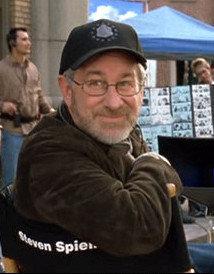 Steven Spielberg prepara dos series