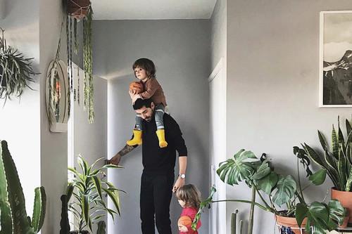 """¡Alerta tendencia! El """"urbanjungle"""" (o cuantas más plantas mejor), la tendencia que convertirá tu casa en un oasis urbano"""