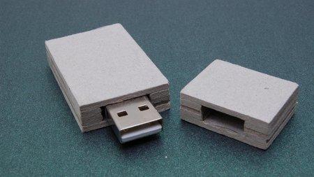 Espionaje a empresas con memorias USB, tan sencillo como dejarlas en el parking