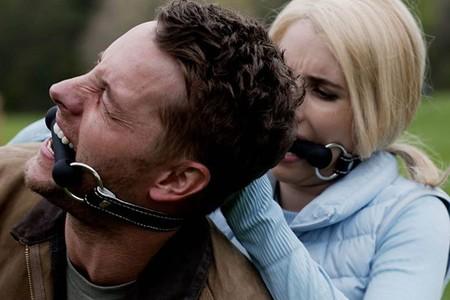 'La caza' revive tras su polémica cancelación con la fecha de estreno definitiva y un nuevo tráiler