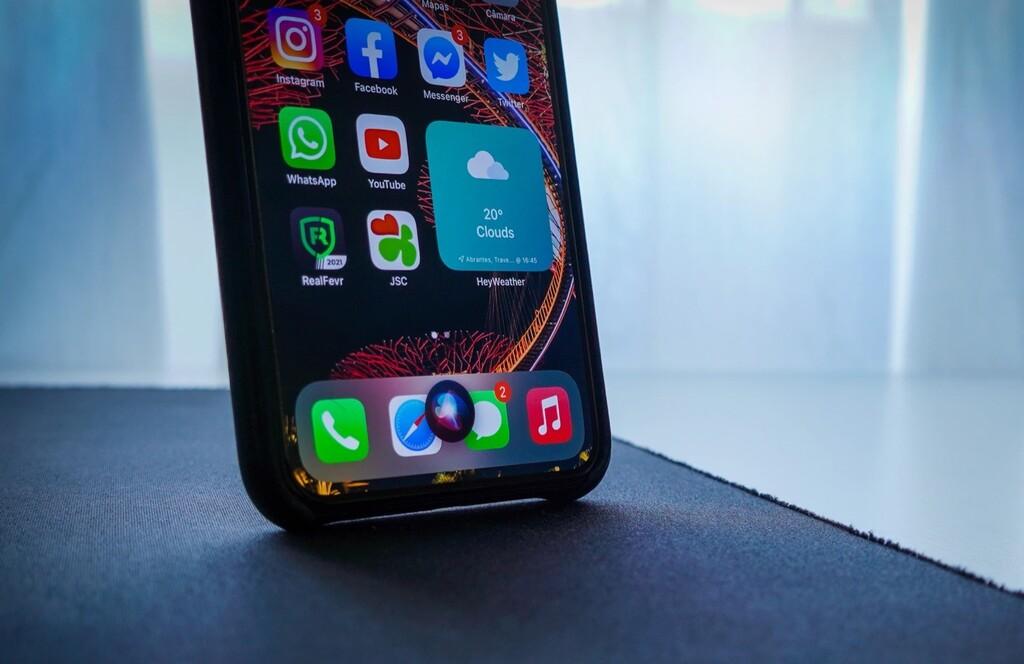Una cita con Siri en Las Charlas de Applesfera