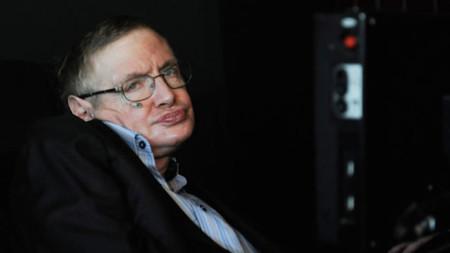 ¿De verdad hay vida extraterrestre? Stephen Hawking cree que sí y es momento de buscarla
