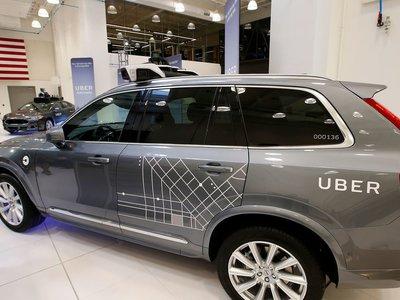 Uber pone fin a sus operaciones con coches autónomos en Arizona y despide a sus 300 conductores