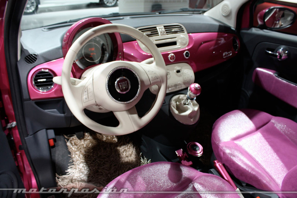 Foto de Fiat 500 Barbie en el Salón de Barcelona 2009 (12/20)