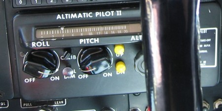 Autopilot Piper Comanche