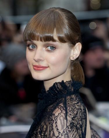¿Triunfará Bella Heathcote como actriz con estilo?