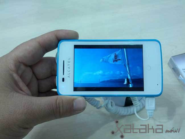 Alcatel One Touch Fire, pantalla