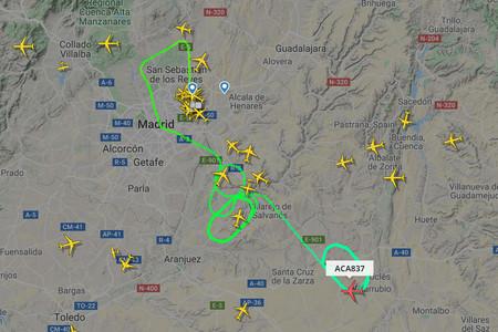 Un mapa para entender la jornada de caos en Barajas, entre drones, averías y vuelos en círculo