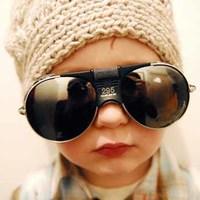 La foto de tu bebé: el niño mosca