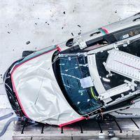 El Polestar 2 eléctrico ya está torturando sus baterías en las pruebas de impacto antes de su lanzamiento