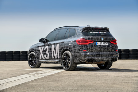 BMW X3 M prototipo trasera