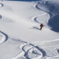 Temporada de esquí: así puedes preparar a tu cuerpo antes de subir a la montaña