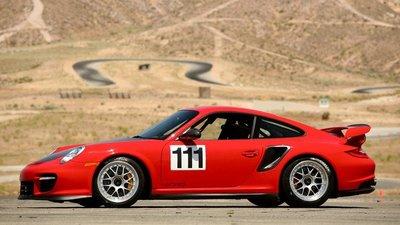 Un Porsche 911 GT2 RS para batir el tiempo de Pikes Peak