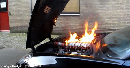 Dolorpasión™: Corvette Z06, a la parrilla sabe mejor