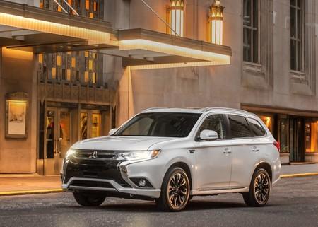 Mitsubishi Outlander PHEV: Precios, versiones y equipamiento en México