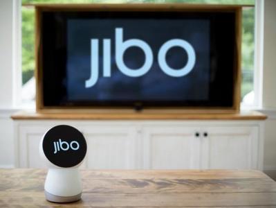 Jibo, el robot que pretende ser el acompañante perfecto para nuestro hogar inteligente