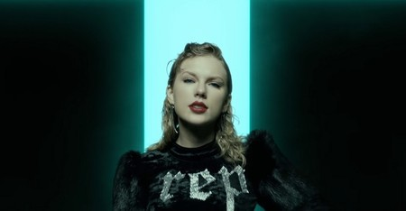 Taylor Swift Look What You Made Me Do 23