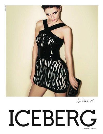 Foto de Mischa Barton para Iceberg Primavera/Verano 2008 (2/3)
