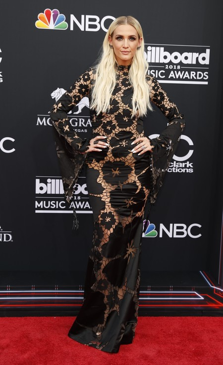 billboard music awards Ashlee Simpson