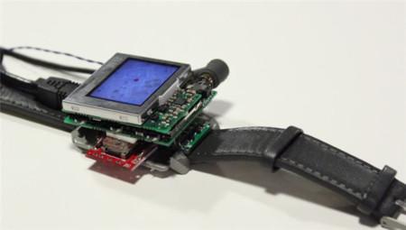 Otra forma de interactuar con relojes inteligentes: inclinando y rotando sus pantallas