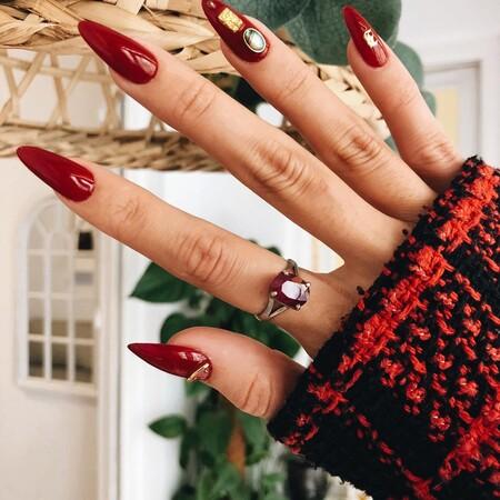 Manicura con uñas postizas en casa: ¿cuál es mejor comprar? Consejos y recomendaciones