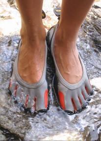Corre descalzo con FiveFingers