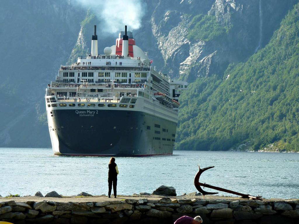 En Europa tan solo 47 cruceros emiten más óxidos de azufre que 260 millones de coches, según Transport & Environment