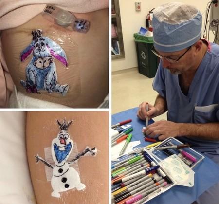 Dibujar personajes de Disney o superhéroes en los apósitos de los niños: la iniciativa de un cirujano pediátrico para animarles