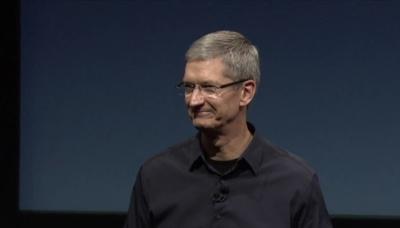 """""""No pasa un día en el que no le eche de menos"""", declaraciones de Tim Cook en la reunión de accionistas de Apple"""