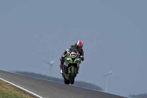 Superbikes Portugal 2015: nueva victoria para Jonathan Rea en unas condiciones cambiantes